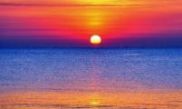 暑假海上观日出